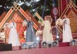 한옥마을에서 전주대사습놀이 전국대회 개막